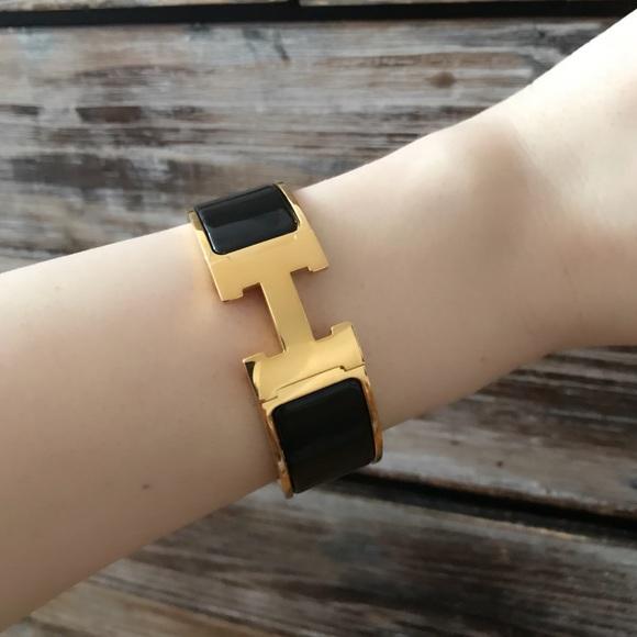 Hermes Jewelry   Clic Clac H Bracelet Like New   Poshmark 736a628b298